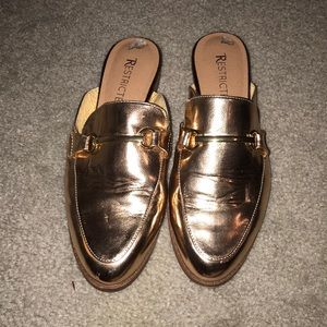 Shoes - Gold loafers